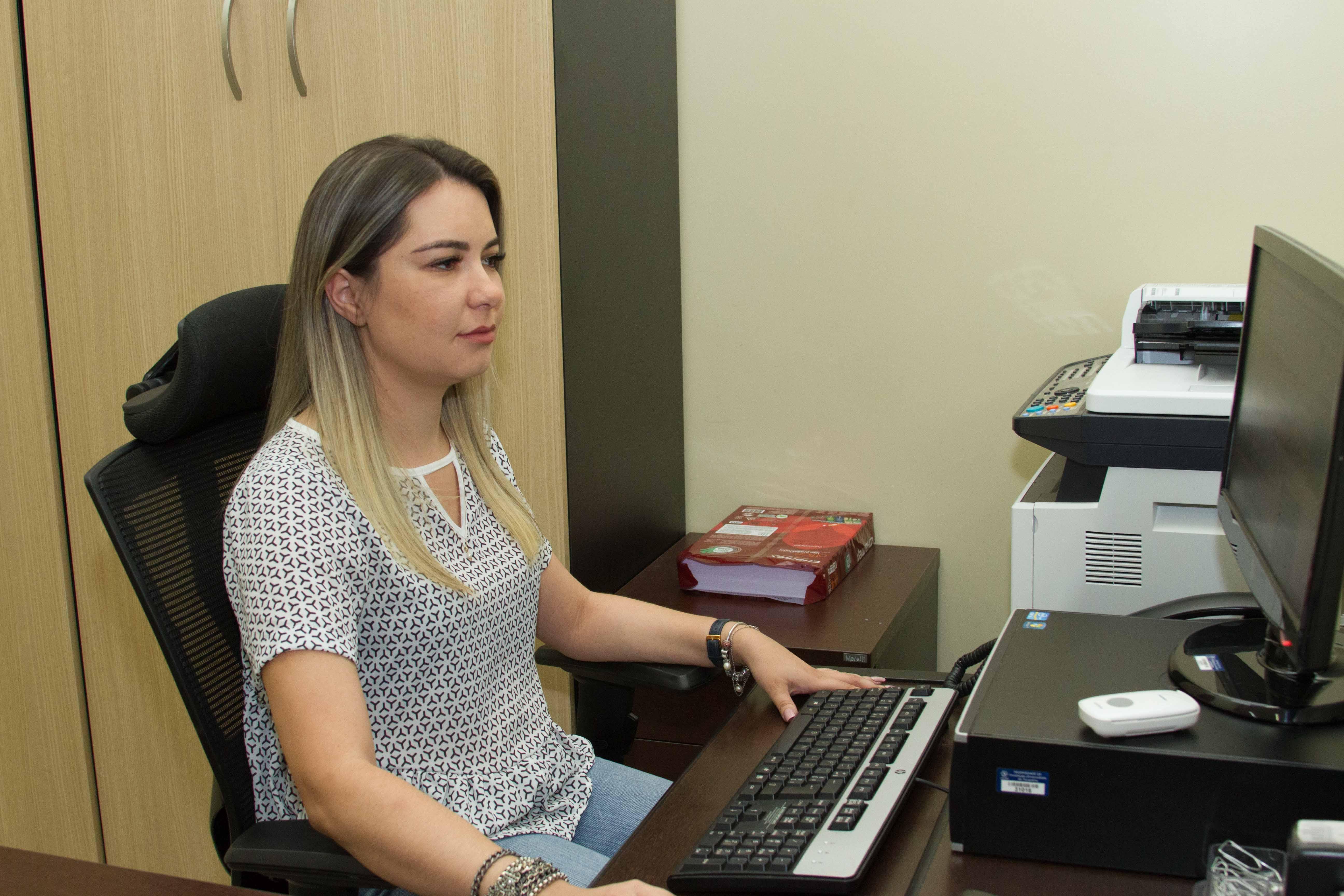 Pró-reitora de Pesquisa e Pós-Graduação Dra. Ana Flávia informa que workshop da Unitins acontece em novembro