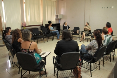Mulheres debatem dificuldades enfrentadas em profissões tidas como masculinas
