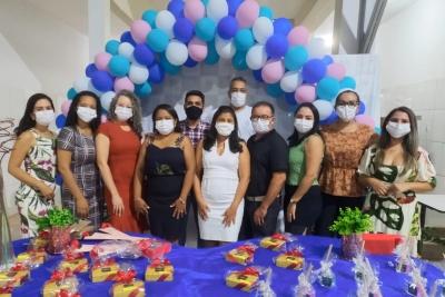 Confraternização marca comemoração do Dia do Professor no Câmpus Augustinópolis