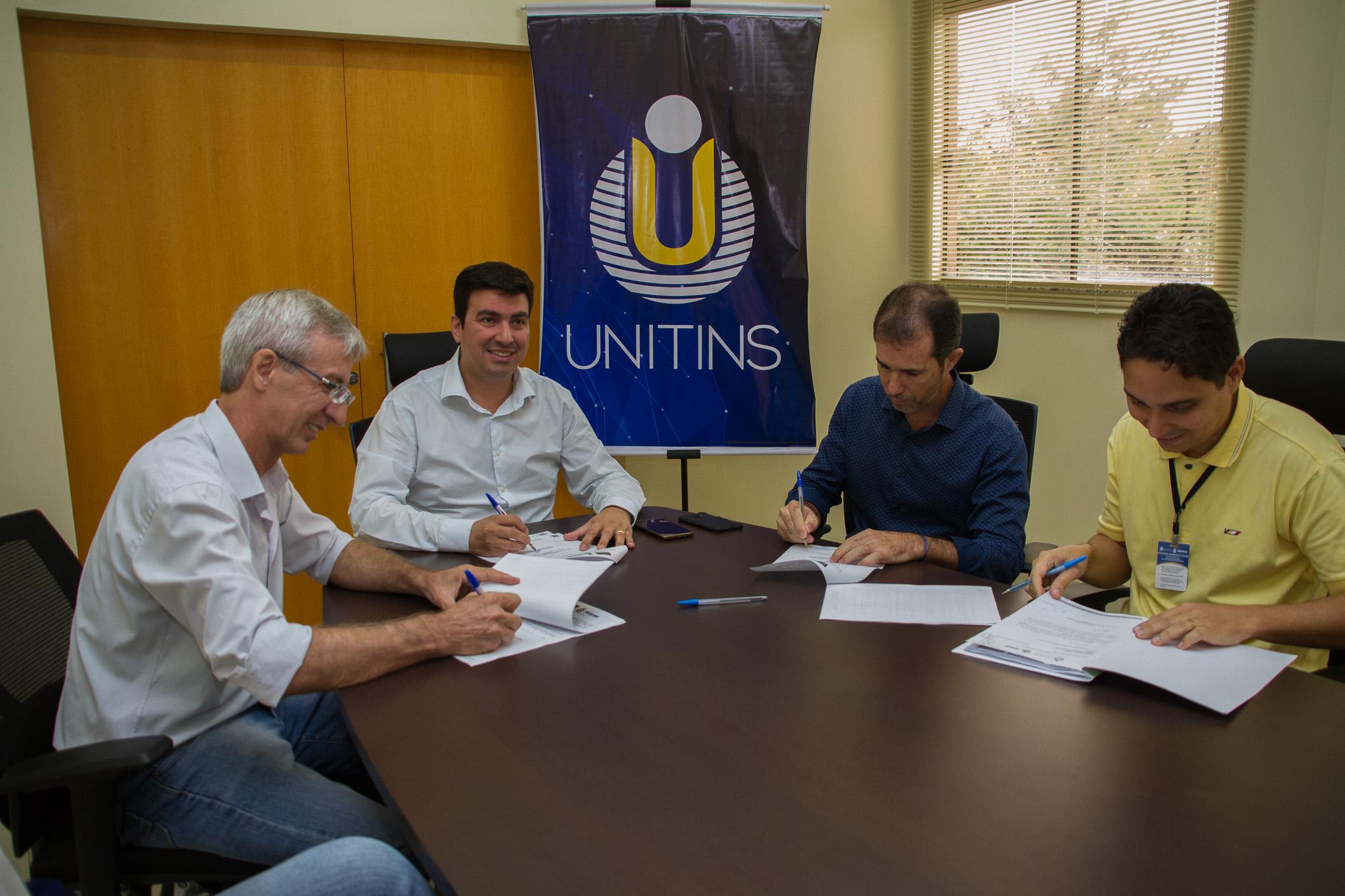 Termo de Cooperação Técnica entre Unitins e Ruraltins beneficia estudantes do curso de Engenharia Agronômica