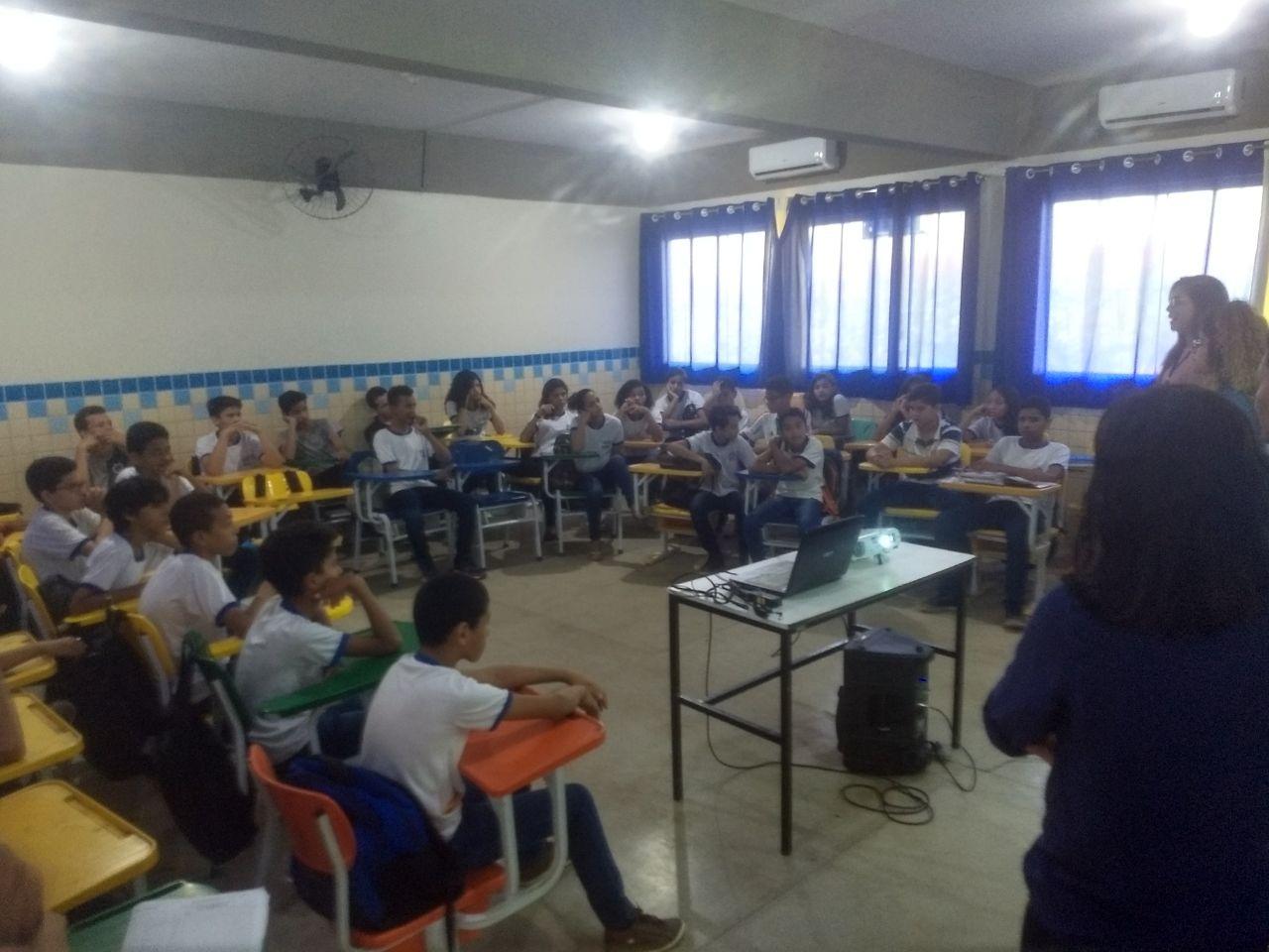 Estudantes aprendem sobre direitos e deveres e são apresentados ao ECA