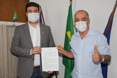 Unitins recebe Contrato de Doação de terreno para construção de sede própria do Câmpus Dianópolis